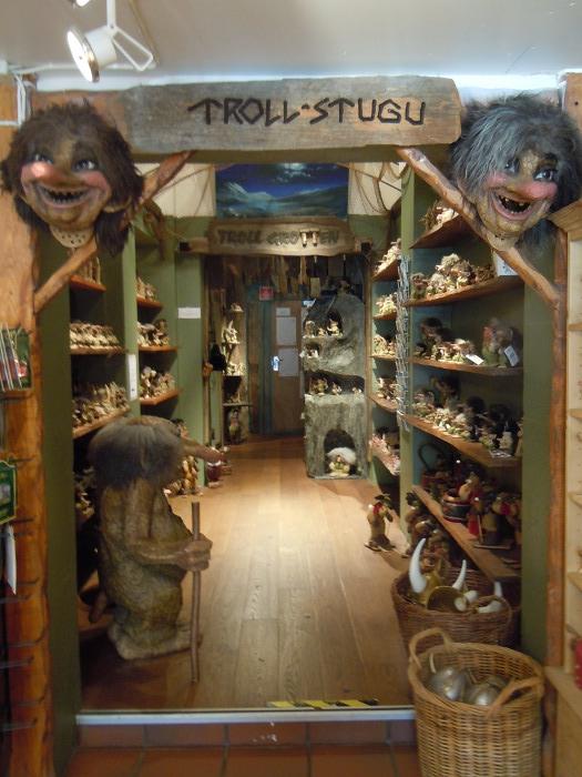 Troll store in Bergen