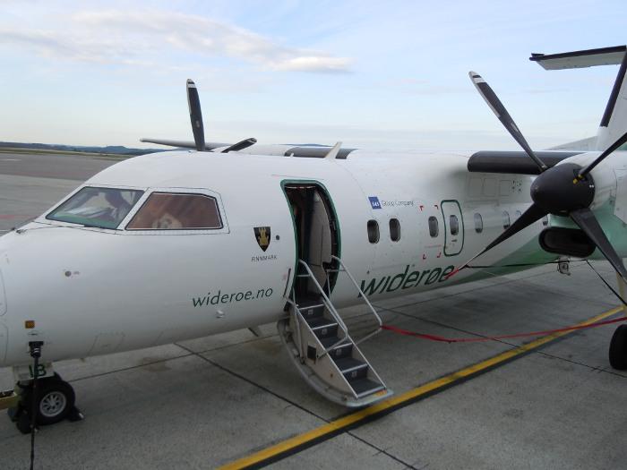 Wideroe plane in Norway
